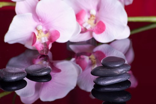 Hot Stone Massage 599476 340
